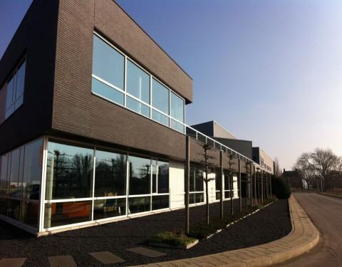 Kantoor-en bedrijfsruimte Roverdi, Rotterdam